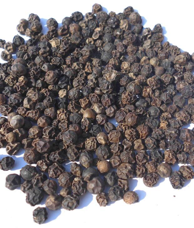 pepe nero intero (2)